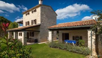 Kamena kuća na prodaju Kanfanar